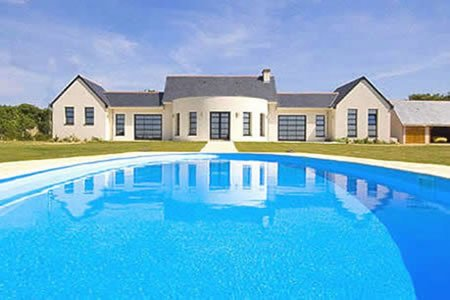 The Pool House, vacation rental in Breze