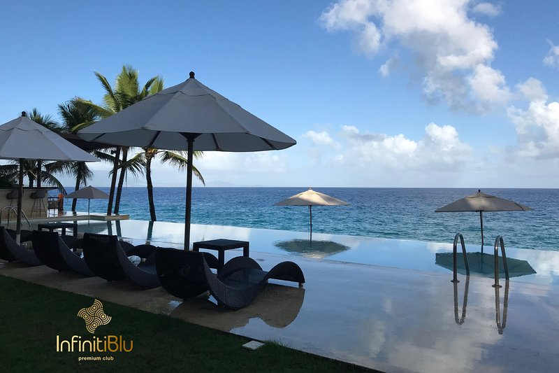 Peace, calm, tranquility and the inviting Infinity pool overlooking the ocean