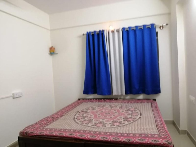 Fully Family Furnished Flat - 4F, holiday rental in Harohalli