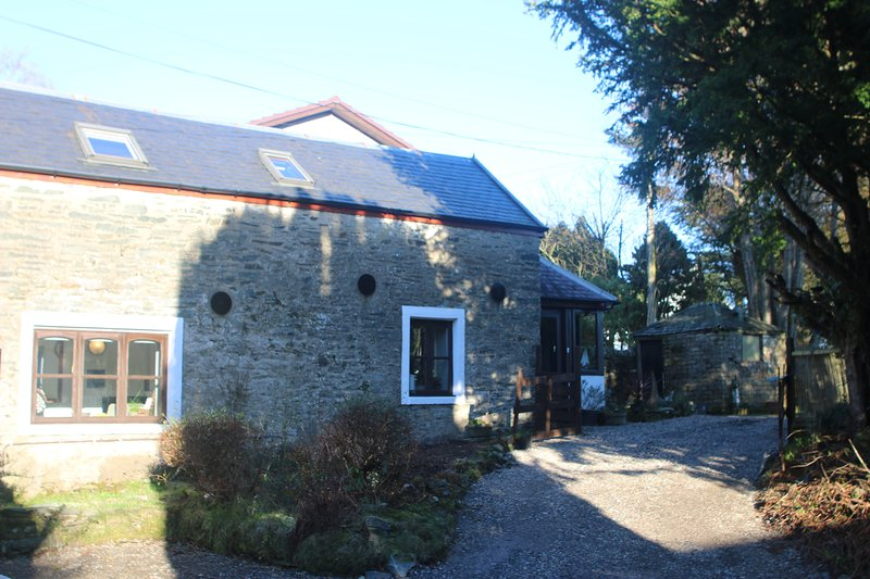 Yewtree Cottage -The Art House, holiday rental in Blairmore