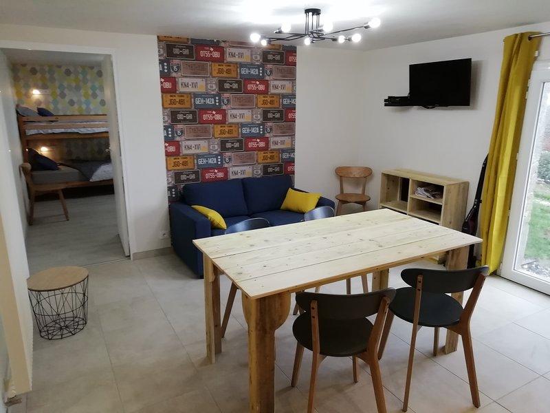Gîte L'Audrière, au calme à 10min du Puy du Fou, holiday rental in Mauleon