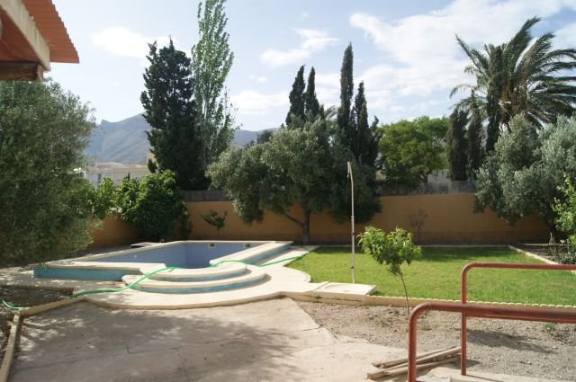 Amplio y estupendo chalet, aluguéis de temporada em Nijar