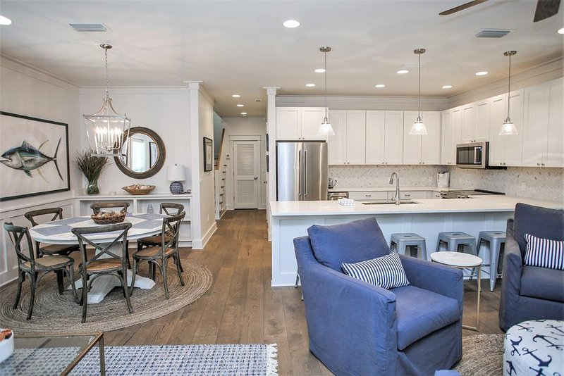 Living Dining & Kitchen