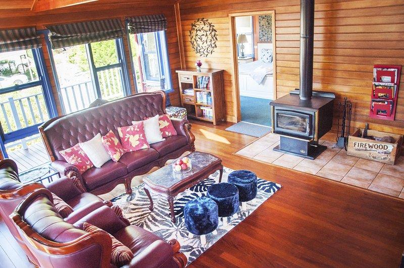 Artee House - A Bright Escape, location de vacances à Bright