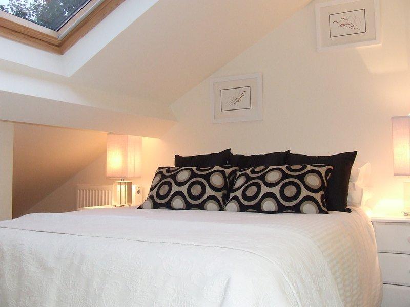 Modern duplex apartment, holiday rental in Skidby