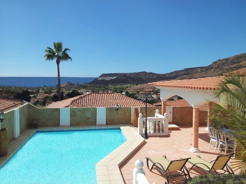 Luxury Villa Lucia, vacation rental in La Playa de Tauro