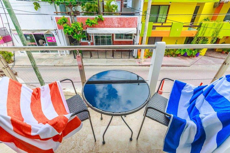 Estrella Del Mar - One Bedroom Suite 102, location de vacances à Playa Mujeres