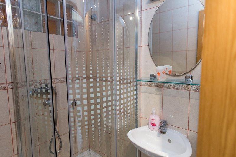A4 (4 + 1) Superior: bagno con wc