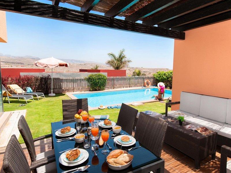 Par 4 Villa 13 Salobre Gran Canaria, vacation rental in Montana La Data