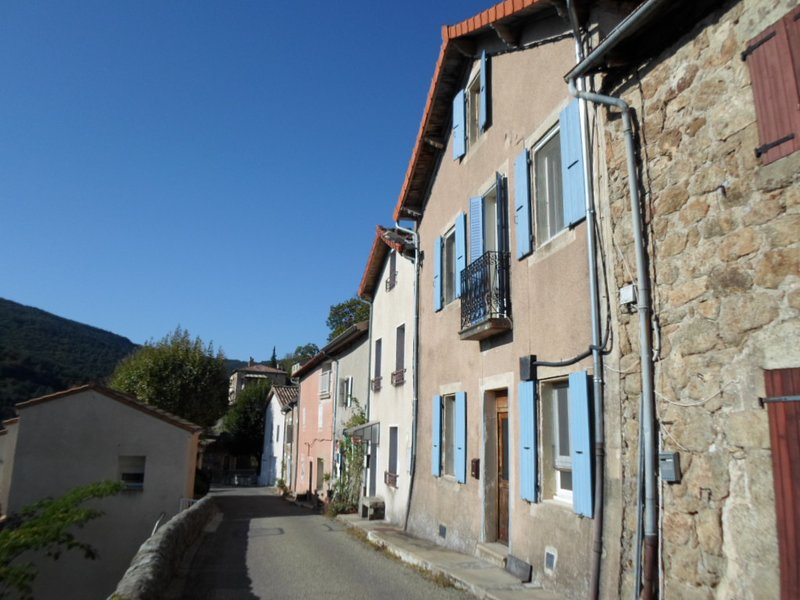 Special offer for couples at traditional stone house in the Monts d'Ardeche., holiday rental in Pranles