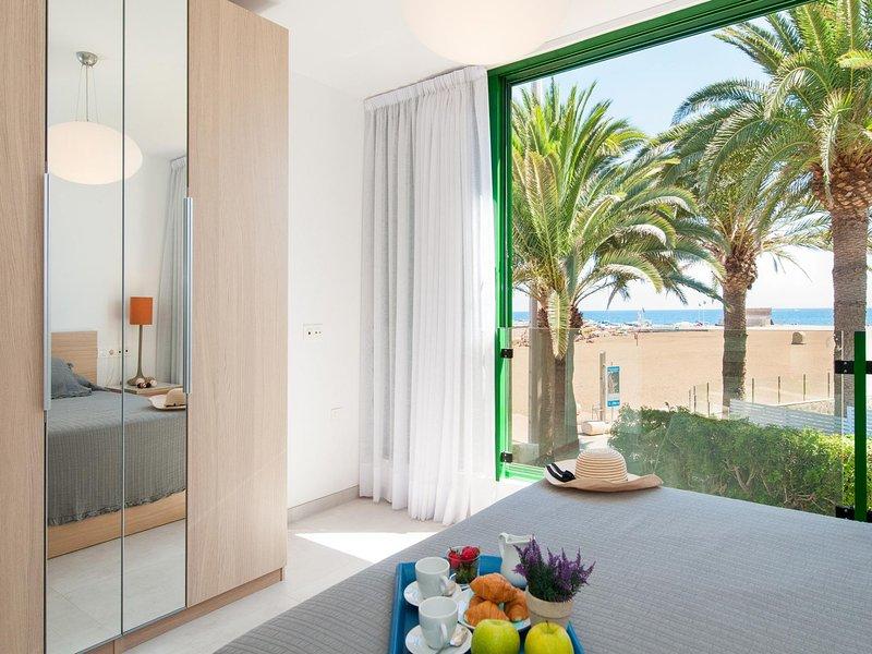 Beachfront Apartment Las Burras FA03, location de vacances à San Agustin
