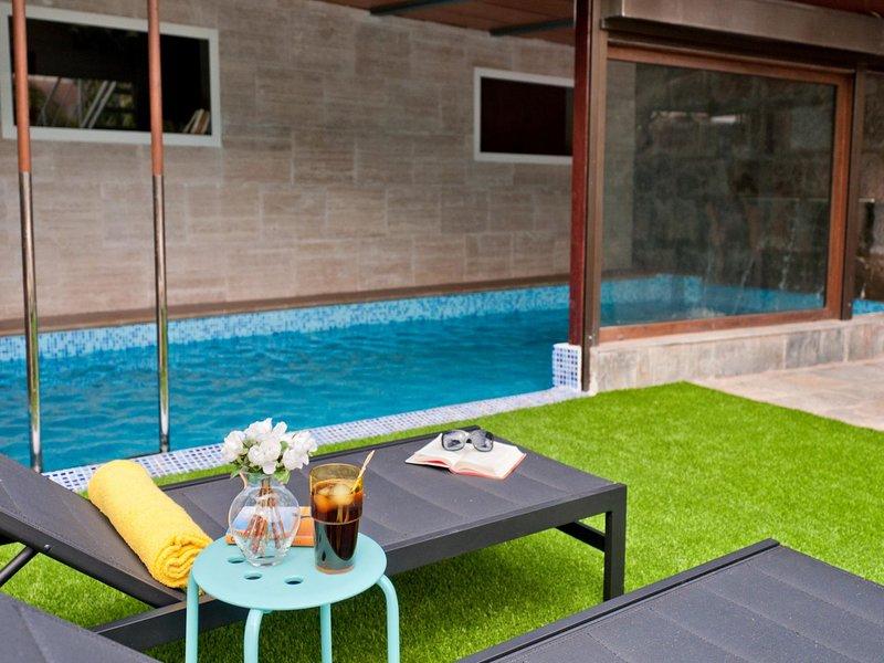 Villa PARRALITO Ingenio- 6 Bedroom, holiday rental in El Burrero