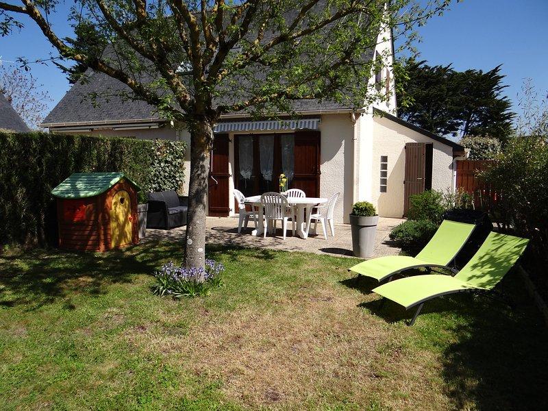 Maison proche plage La Baule dans résidence avec piscine et WIFI, holiday rental in Saille