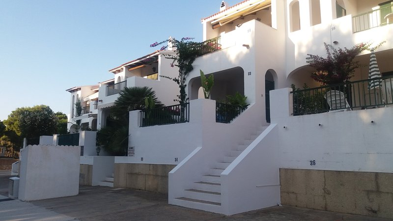 ALQUILER PRECIOSO APARTAMENTO SON PARC MENORCA -BEAUTIFUL APARTMENT RENT, location de vacances à Playas de Fornells