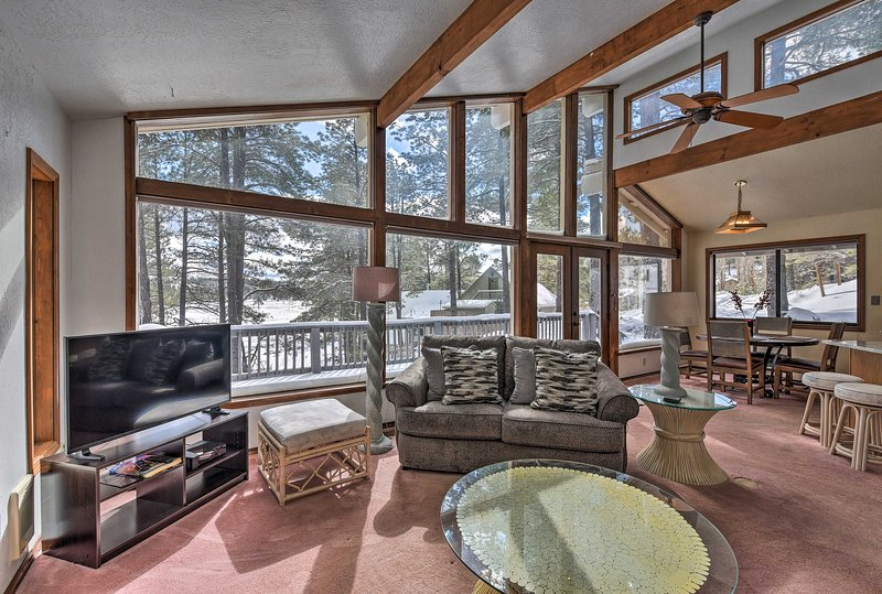 Featuring a private deck, WiFi, 3 bedrooms and 2 baths, this home has it all.