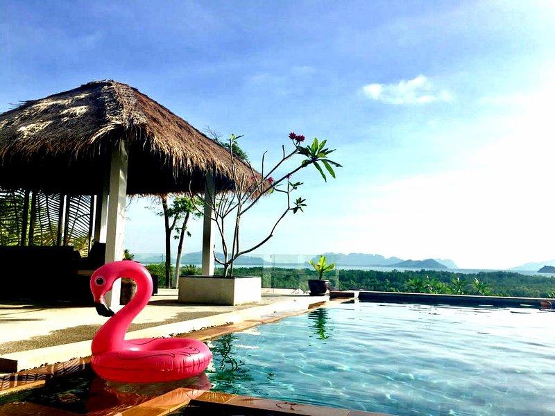 Panoramic Seaview villa with private pool, holiday rental in Ban Sala Dan