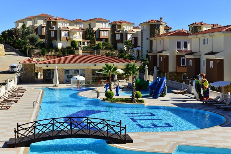 Ottoman Village 4 bedroom villas with private pool - Incekum, Alanya (Unit 2), vacation rental in Alanya