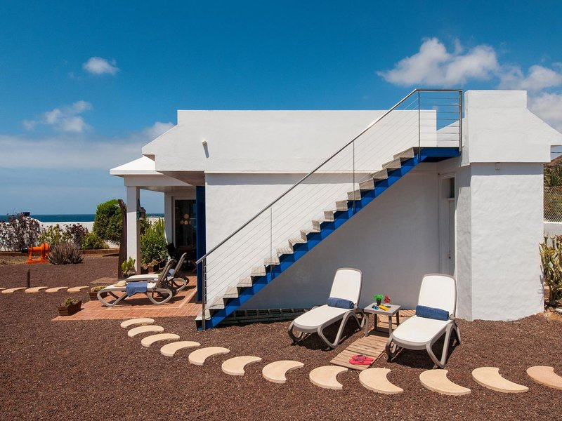 Agaete Beach House at the natural pools, location de vacances à Agaete