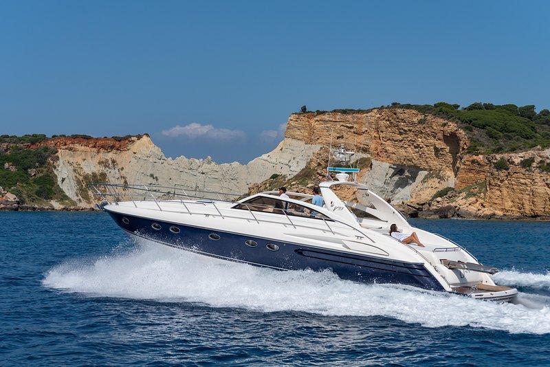 'ANNITA' Yacht  17m | Ionian View | Zakynthos Port, vakantiewoning in Zakynthos Town