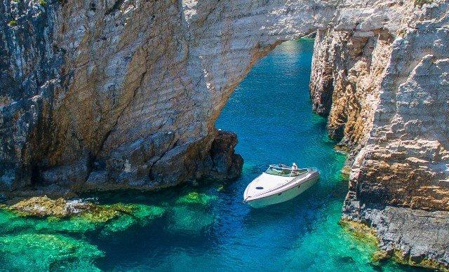 'ERIETA' Yacht  10.75m | Ionian View | Zante Port, vakantiewoning in Zakynthos Town