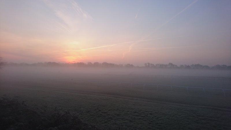 La vista dell'alba dalla casa