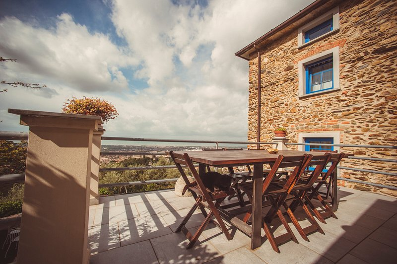 appartamento in Residence ,su due piani, holiday rental in Antona