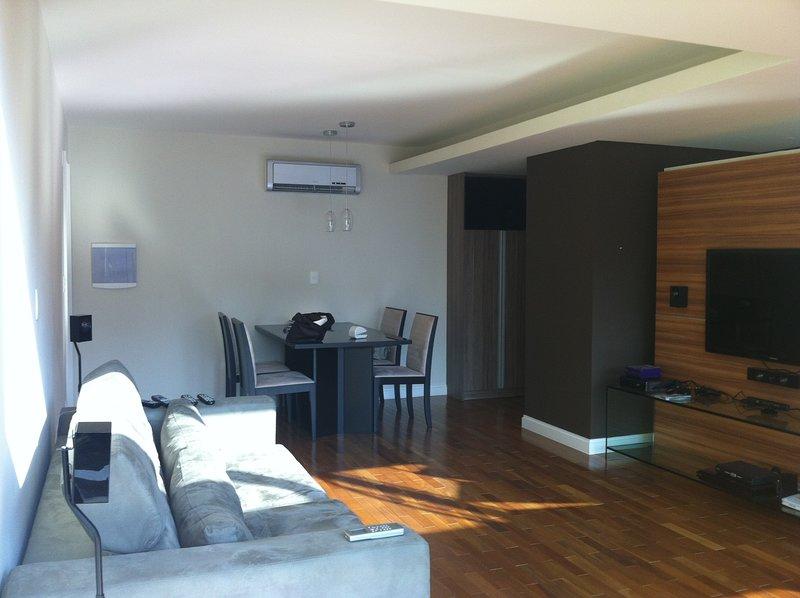 Belíssimo Duplex na Região da Avenida Paulista 90m2, holiday rental in Sao Caetano do Sul