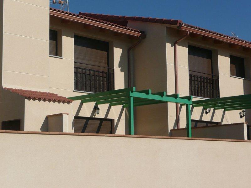 Casa de 3 habitaciones en Fresno, El, aluguéis de temporada em El Fresno