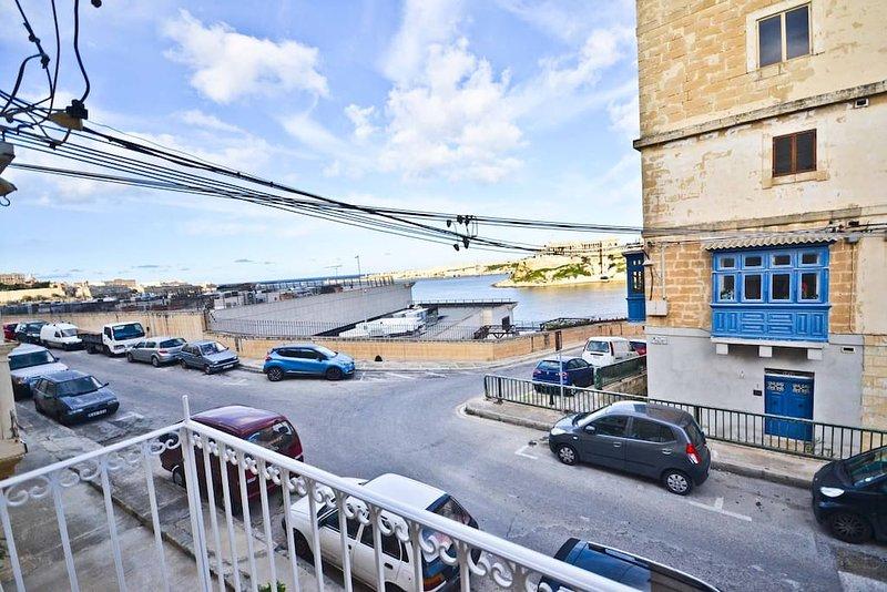 Splendida vista sul balcone di 'The Grand Harbour'.