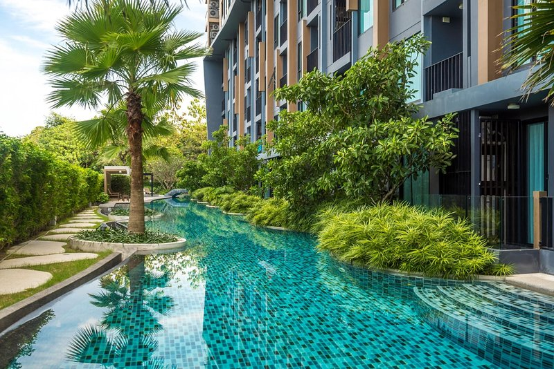 Aristo 216 - Pool access duplex in Surin condo for 4 people, holiday rental in Cherngtalay