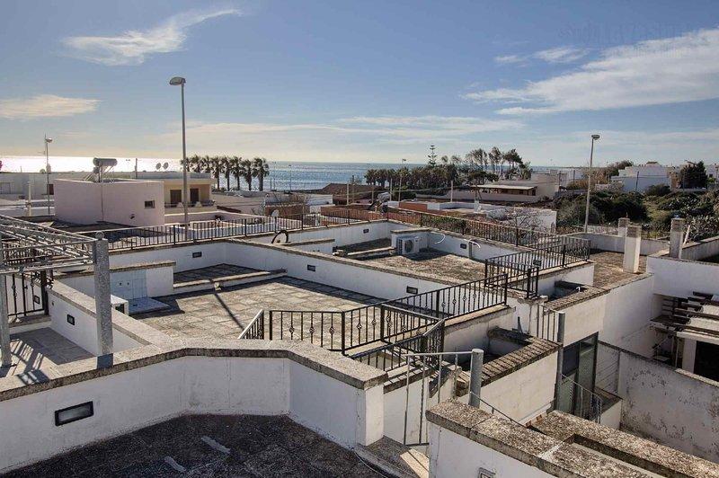 Casetta Dona a ridosso della spiaggia Torre Vado, alquiler vacacional en Marina di Pescoluse