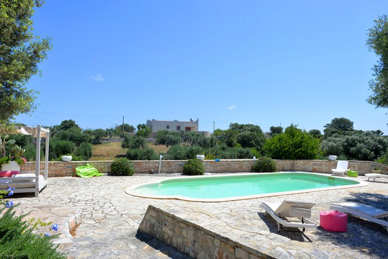 Trulli Donna Pia, holiday rental in Calabrese