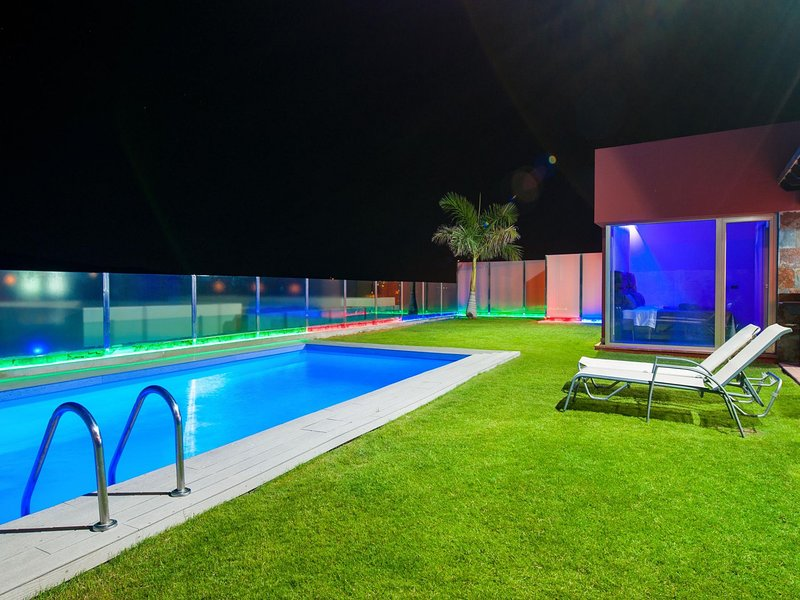 Salobre Golf Rental Par 4 Villa 20 (VIDEO), vacation rental in Maspalomas