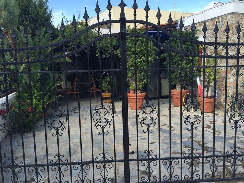 Kos Casa Vacanza con patio e giardino, Ferienwohnung in Kós