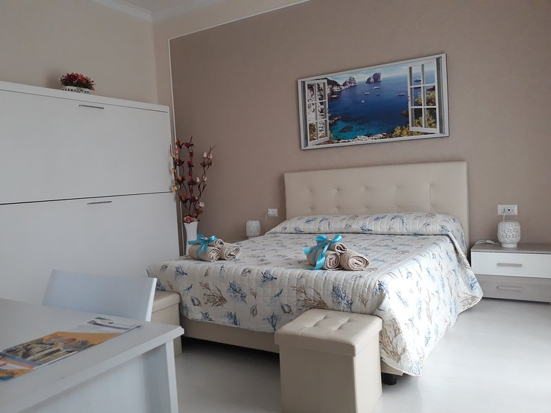 Stefy Holiday House Pompei, vacation rental in Scafati