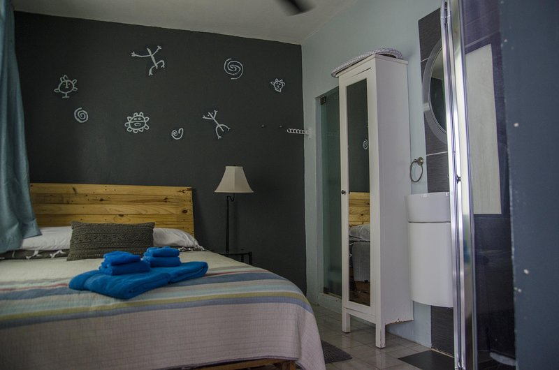Less Price, More Style.  Discount Studio in San Juan,PR, Beach, free bikes, holiday rental in Toa Baja
