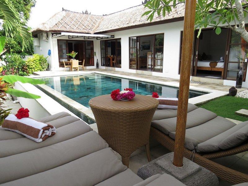 Bali Sunyi - 3 Bed Peaceful Retreat in the Bukit, vacation rental in Ungasan
