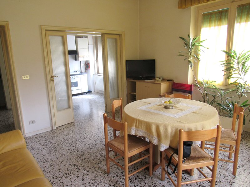 Nice apartment near the beach, holiday rental in Pescara