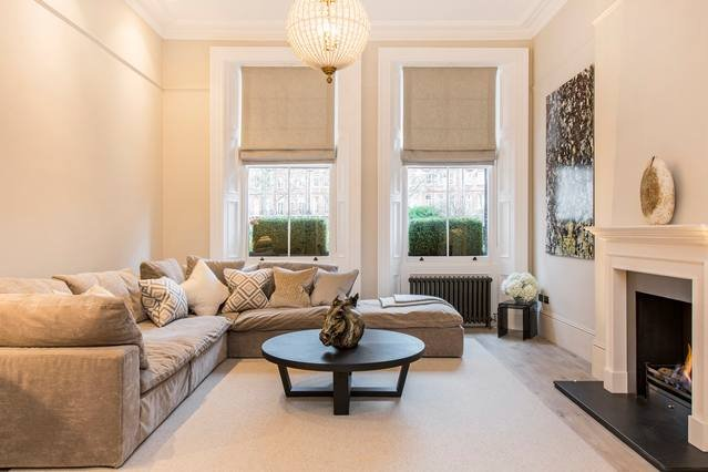 Exquisite, Luxury 3 Bed Apartment in Earl's Court UPDATED