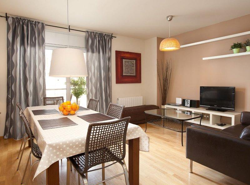 Marbella 3 Apartment, vacation rental in Sant Adria de Besos