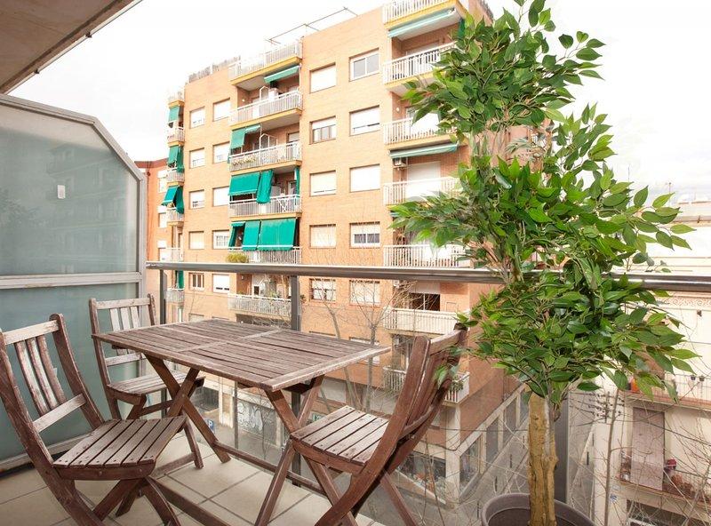 Marbella 10 Apartment, vacation rental in Sant Adria de Besos