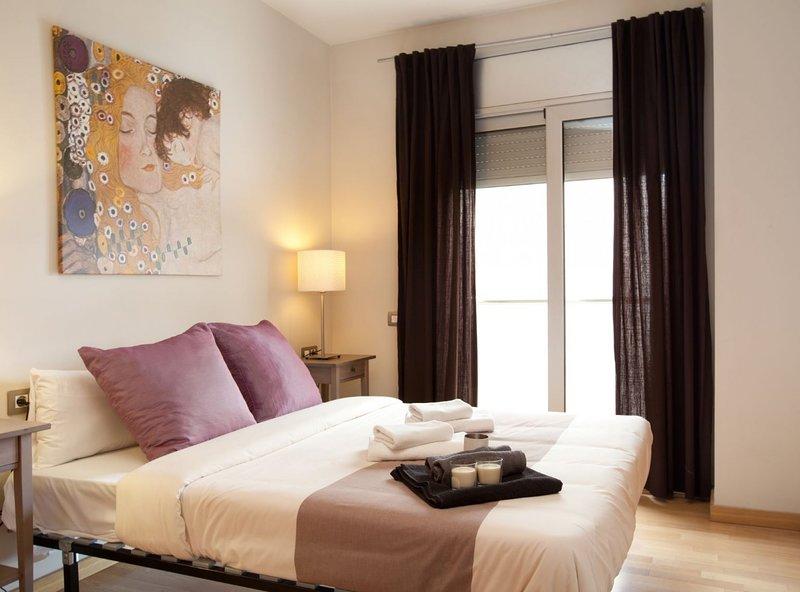 Marbella 4 Apartment, vacation rental in Sant Adria de Besos