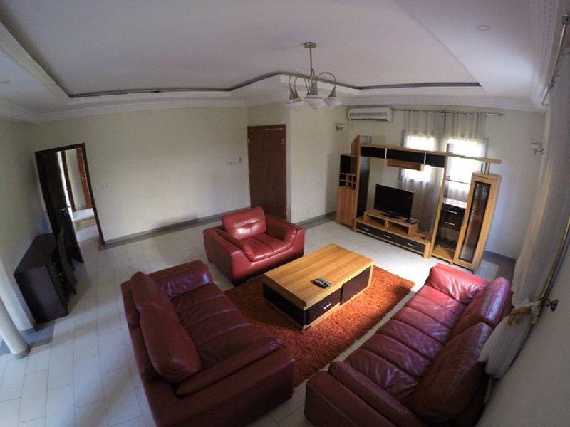 Baguida Cité de 13 Villas VIP  derrière Luxolin Rue Adamavo à louer, vacation rental in Vogan