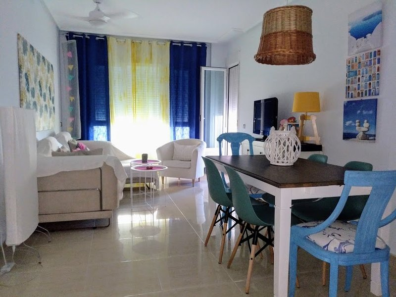 Beautiful apt with sea view, alquiler vacacional en Aguadulce