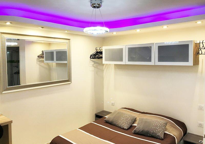studio meublé à louer en centre ville à Montluçon, holiday rental in Premilhat