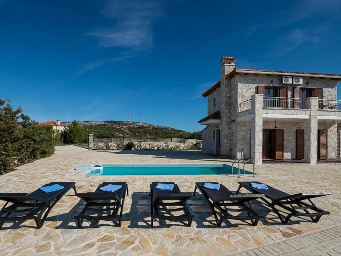Charis Villa, vacation rental in Volimes
