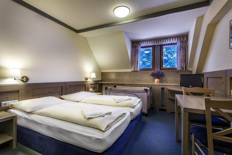 Quadruple Room # 6, holiday rental in Senturska Gora