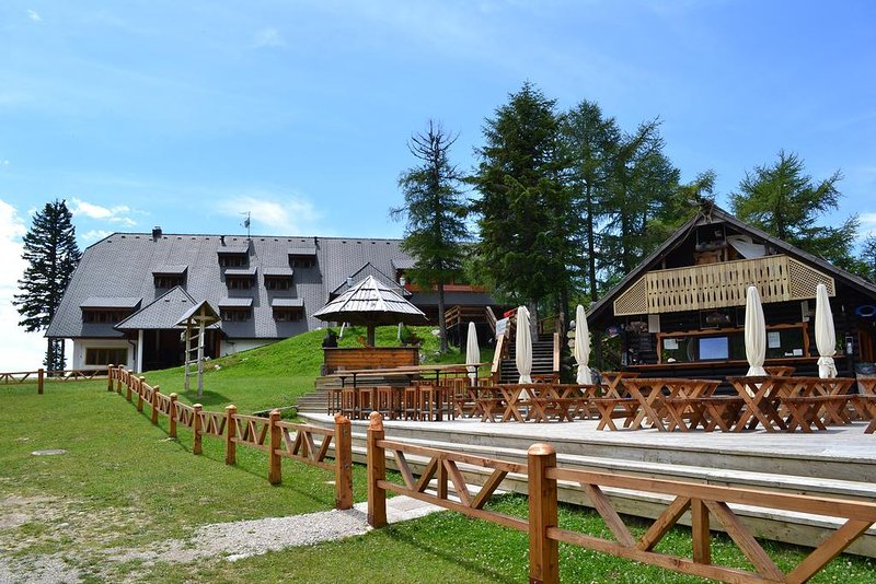 Double Room with Extra Bed # 4, holiday rental in Senturska Gora