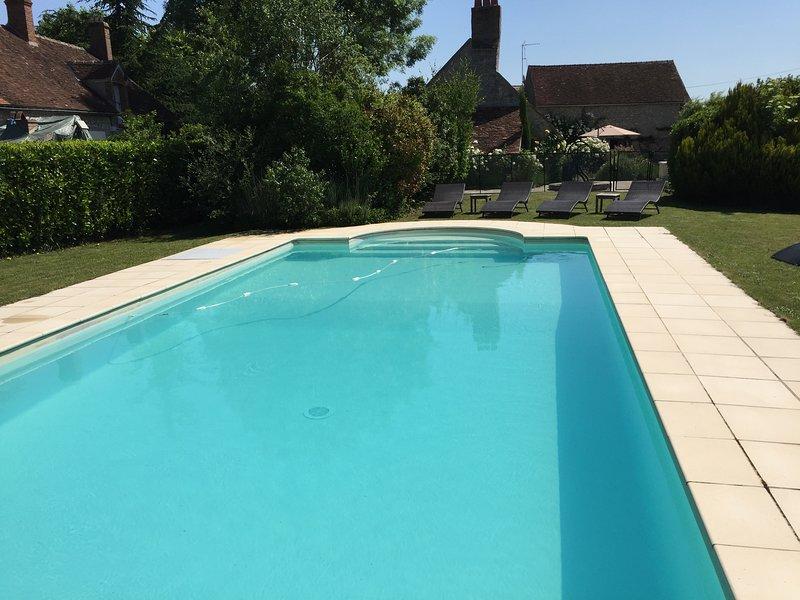 Pool e proprietà vista generale