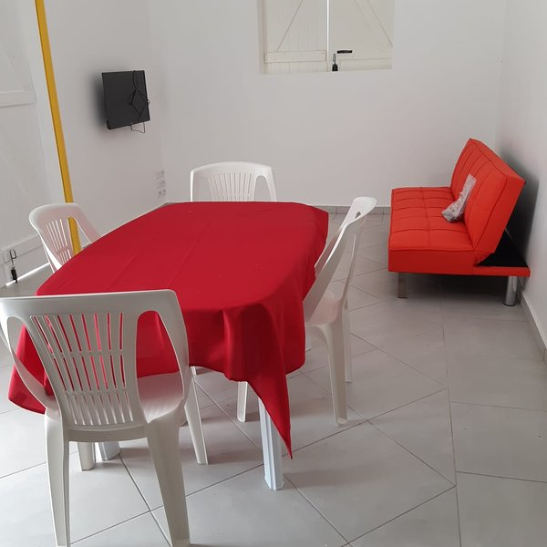 Amazing bungalow with terrace, holiday rental in Goyave